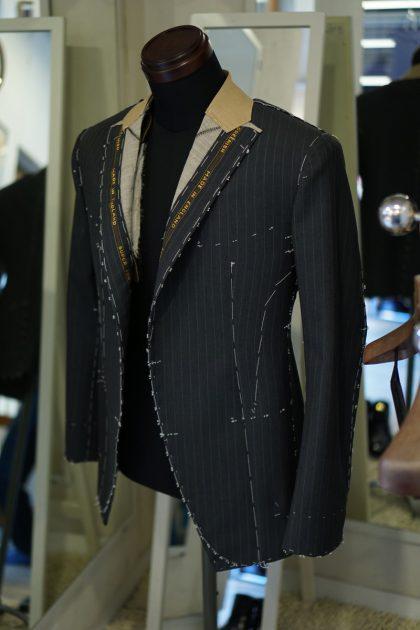 仮縫いのジャケット