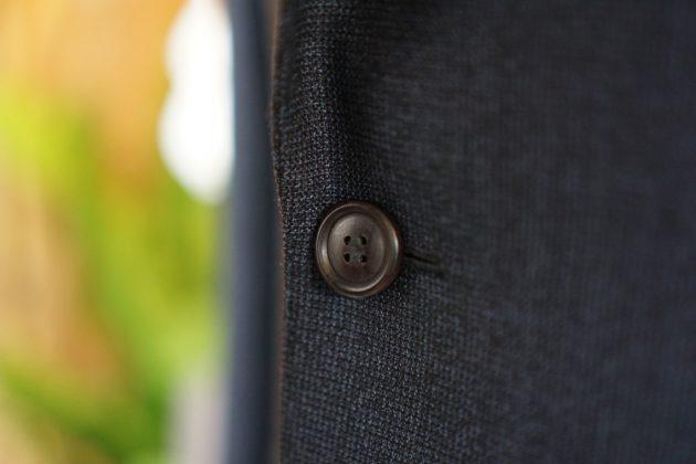 黒檀ボタン
